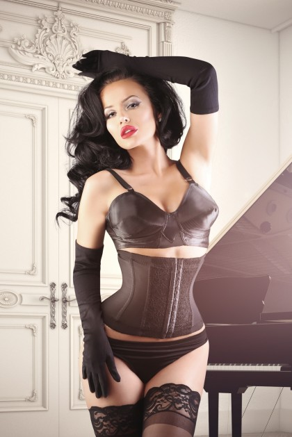 Court Royal Powerful L'amour Cincher With Lace